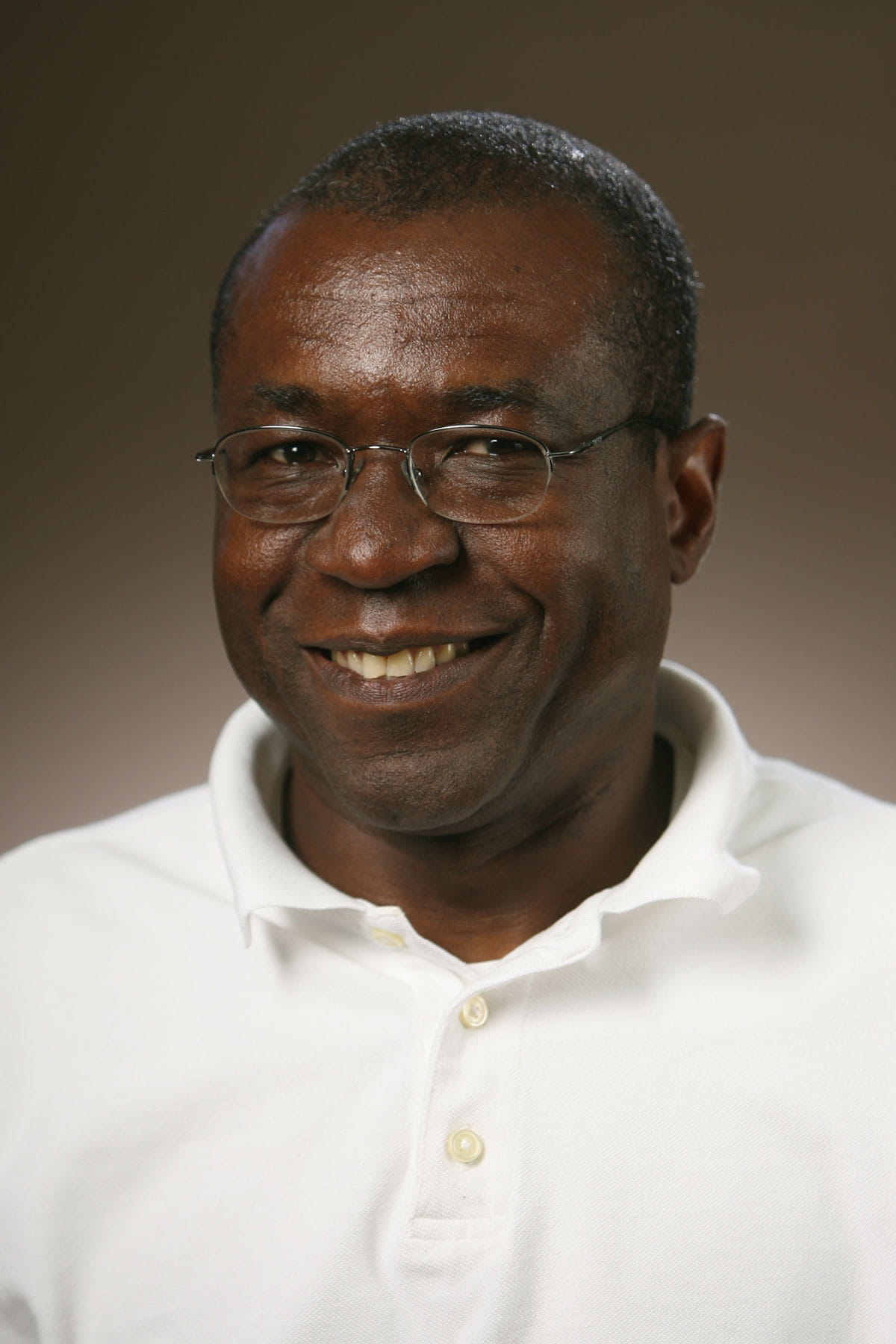 A photo of Henry Akinbi.
