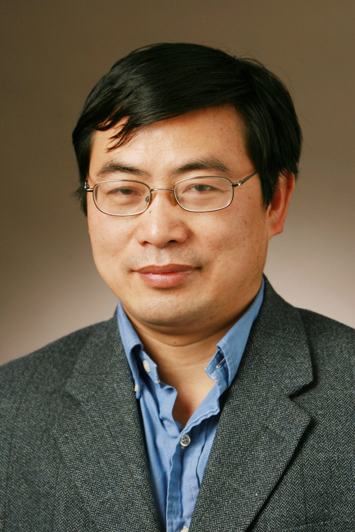 A photo of Min-Xin Guan.