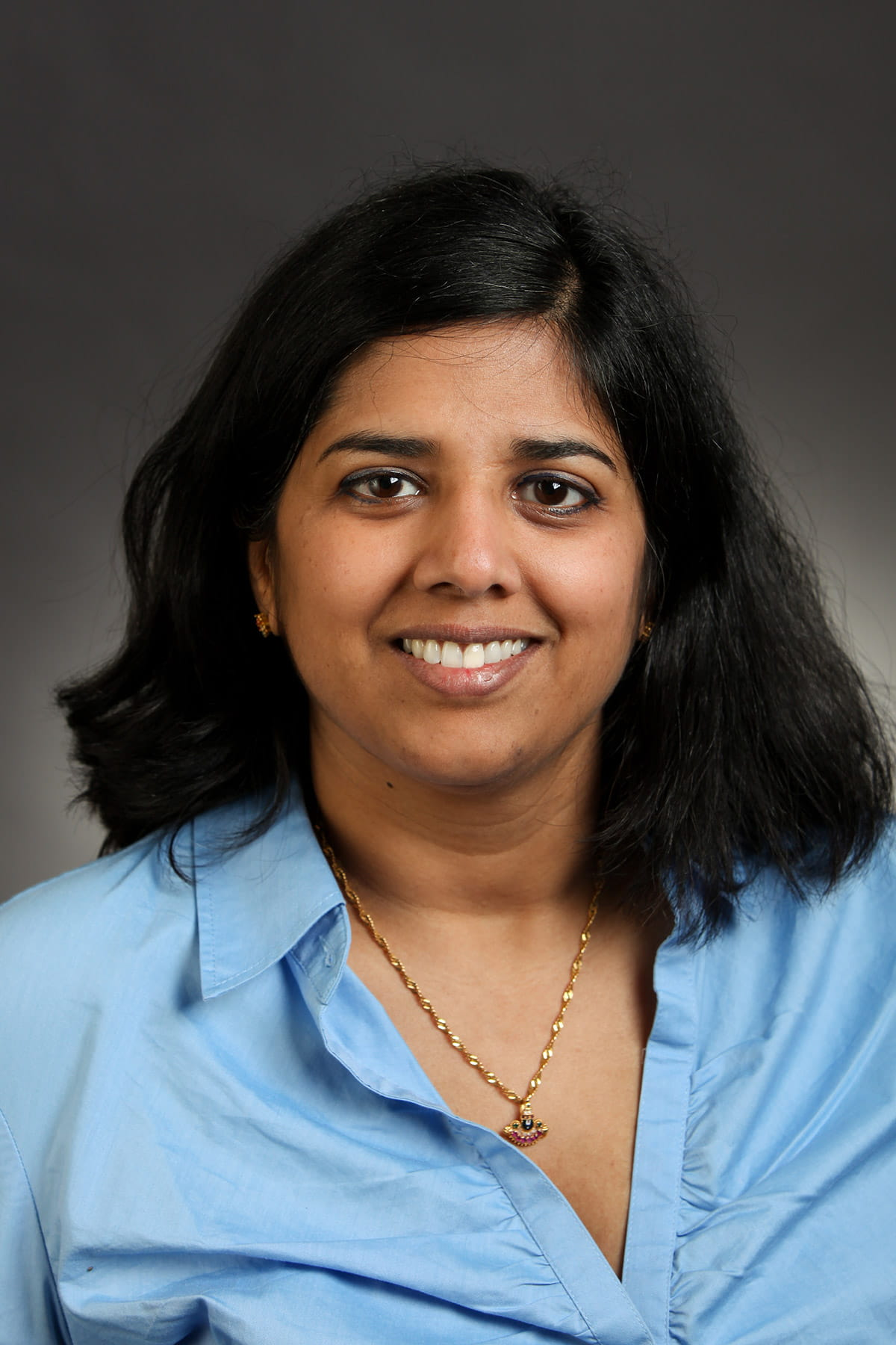 A photo of Selena L. Hariharan.