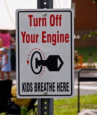 Turn off your engine sign.
