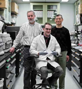 Dr. Steven Potter, research assistant Shawn Smith and Dr. Hung Chi Liang