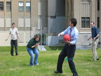 Dr. Rothenberg plays French dodgeball.